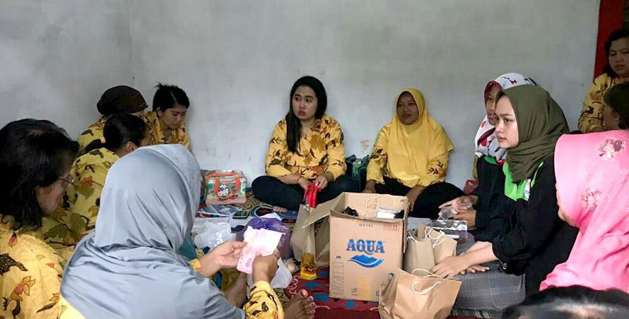 Manfaatkan Pongge Durian, Mahasiswa KKN UNNES Berdayakan Masyarakat Wonolopo