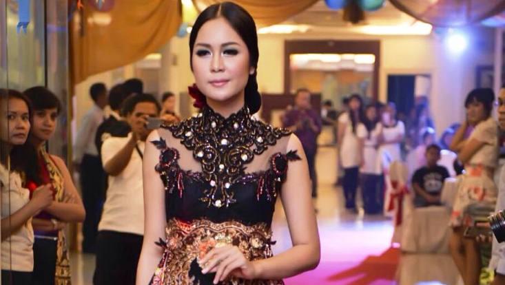 Tampil Anggun, Kidung Mahasiswa Unnes Juara Empat Miss Indonesia 2016