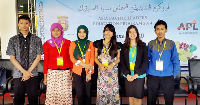 Lima Mahasiswa Unnes Mulai Ikuti Kuliah Kepemimpinan di Brunei