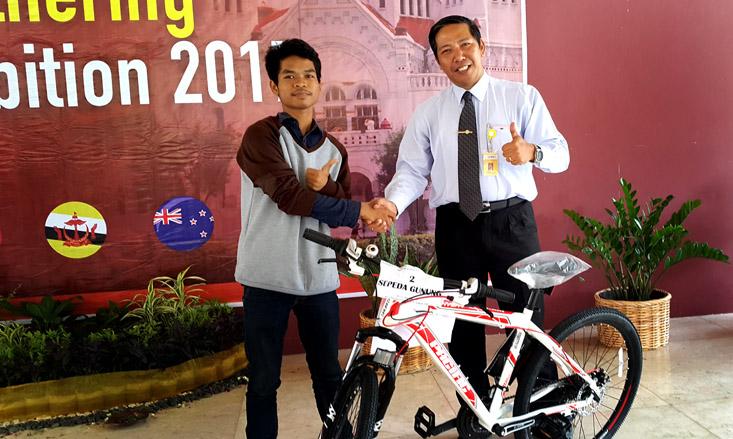 Inilah Pemenang Kuis Bazar dan Pameran Unggulan LP2M UNNES