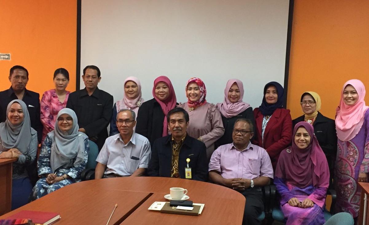 Perkuat Reputasi, FMIPA UNNES Kunjungi UTM Malaysia