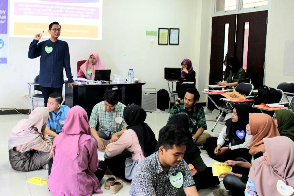 Pusat Karier UNNES  Bersama USAID RWAP Bentuk Pribadi Mahasisa Melalui Pelatihan Soft Skill