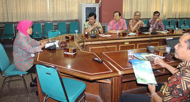 Dinas Koperasi dan UKM Provinsi Jateng Audiensi dengan FE UNNES