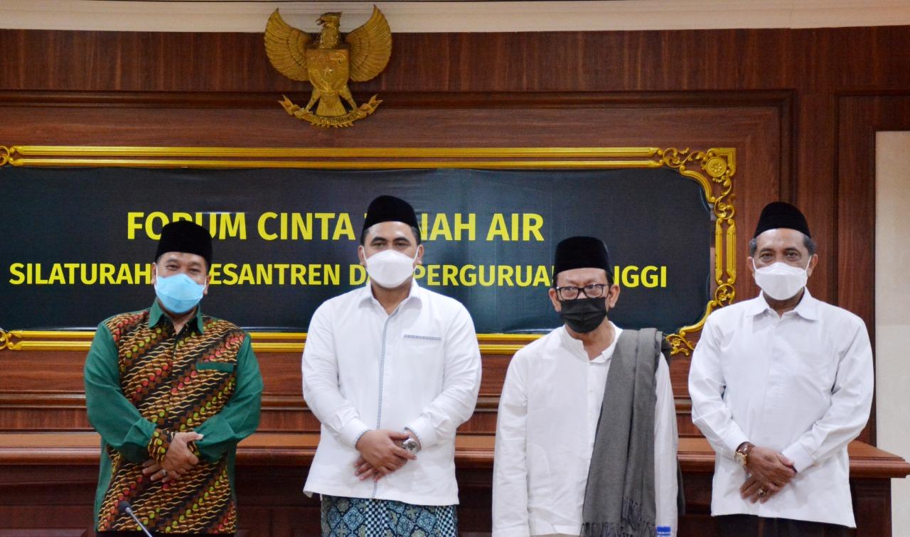 UNNES Tuan Rumah Silaturahmi Pesantren-Perguruan Tinggi