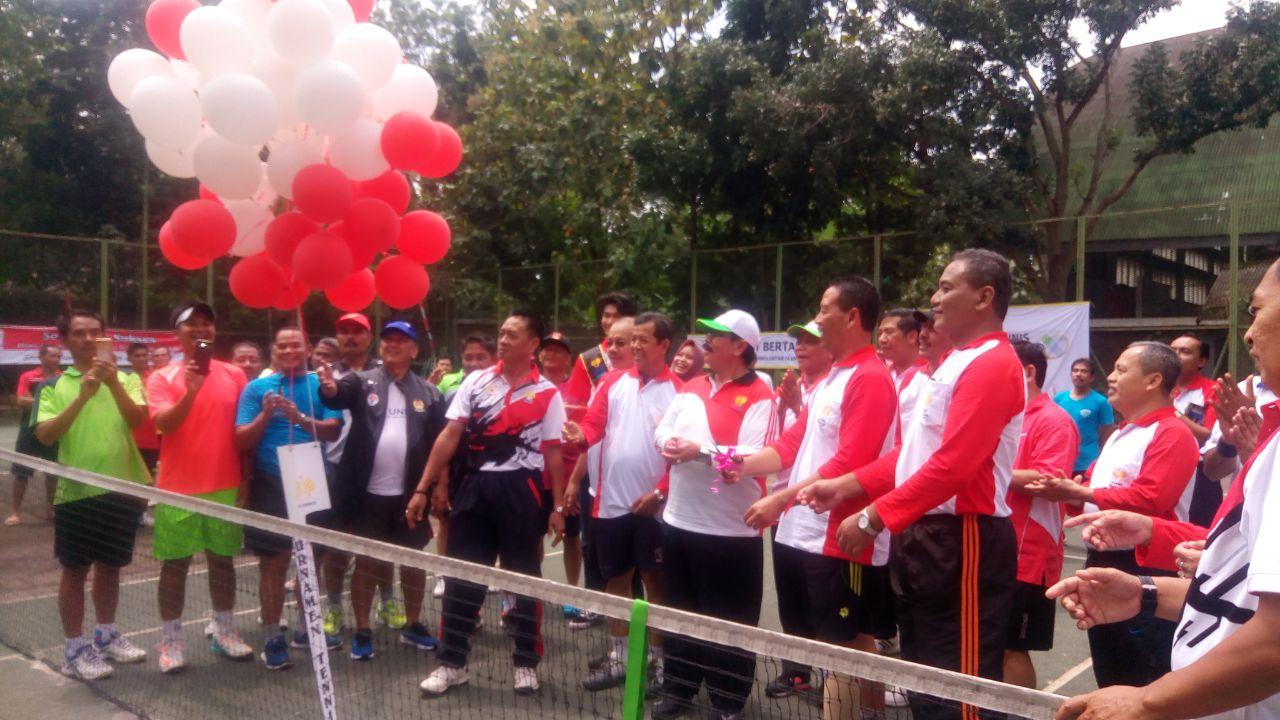 DPP IKA UNNES adakan Turnamen Tennis Antar Alumni
