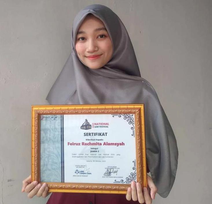 Mahasiswa FH Raih Juara 2 LKTI National Law Festival 2020