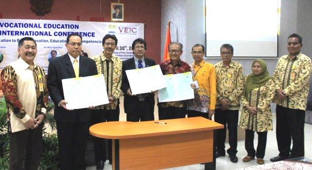 Fakultas Teknik  Sukses Selenggarakan VEIC, CEES dan Gelar Karya Mahasiswa.