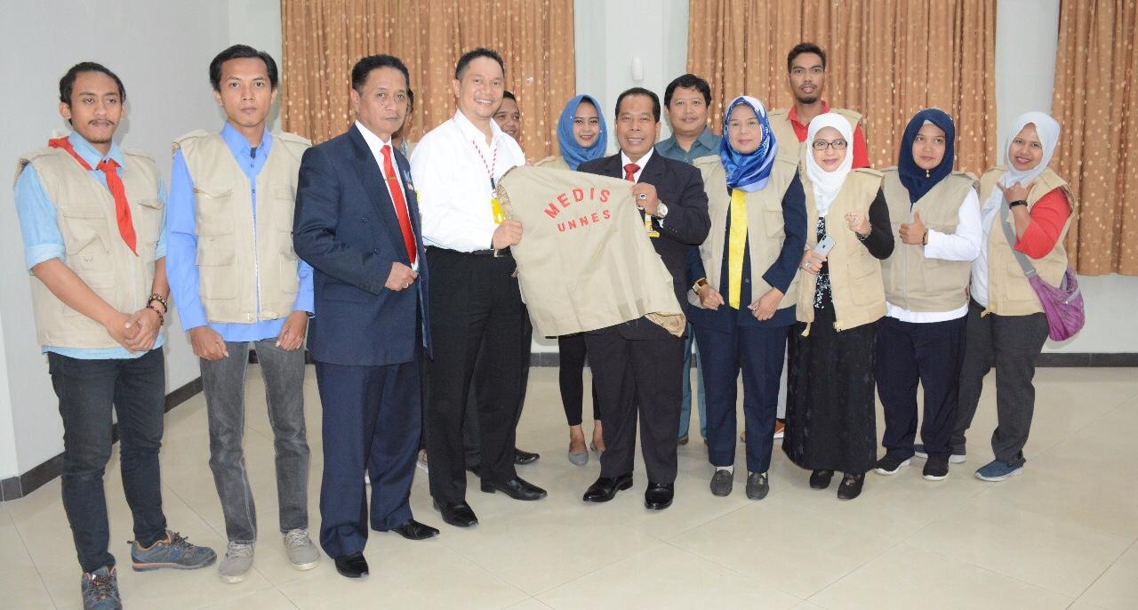 Peduli Lombok, UNNES Kirim Bantuan dan Relawan