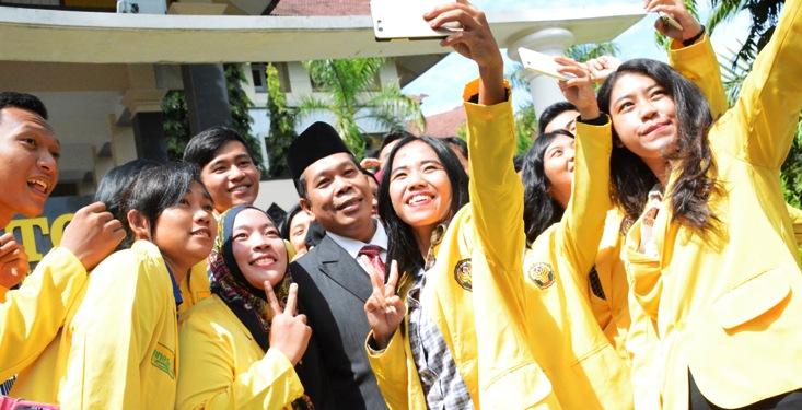 Sikap Menghormati Pimpinan Terus Tertanam di Hati Mahasiswa UNNES
