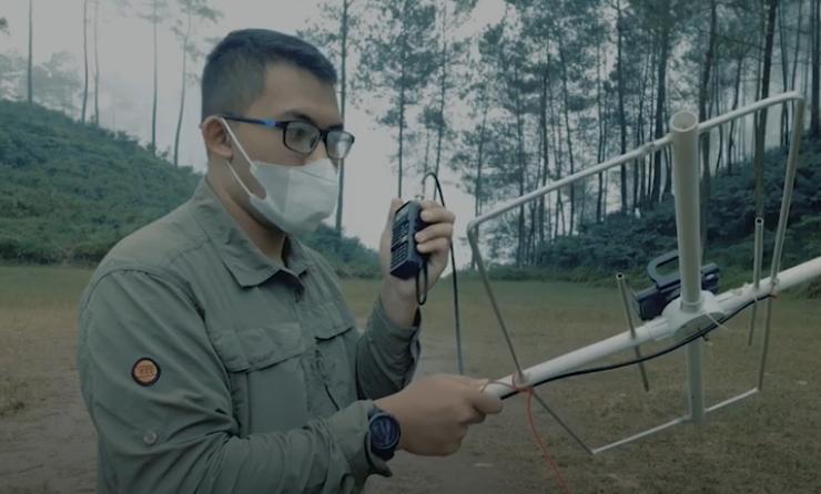 Tak Ada Sinyal, Mahasiswa UNNES Program Kampus Mengajar Gunakan Satelit LAPAN Dukung Pembelajaran