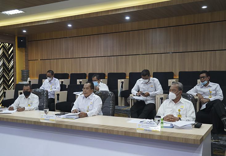 Rektor Paparkan Perbaikan Dokumen Usulan UNNES Menuju PTN Badan Hukum di Hadapan Tim Kemendikbud