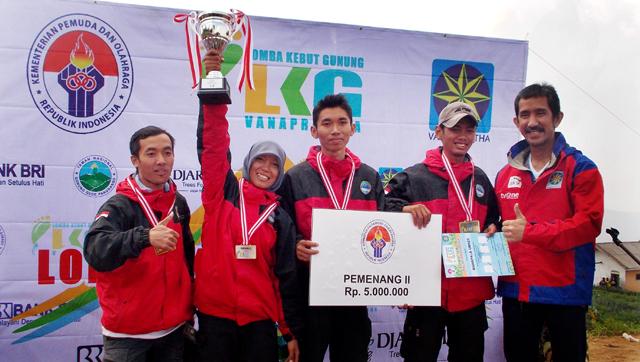 Mahapala Unnes Juara II Lomba Kebut Gunung Tingkat Nasional