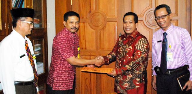 Dr Subyantoro Kaprodi S2/S3 Pendidikan Bahasa Indonesia