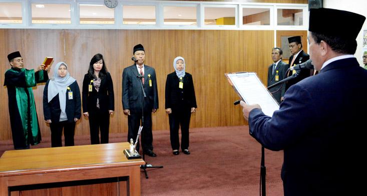 Sri Handayani Dipromosikan Wakil Dekan FT UNNES