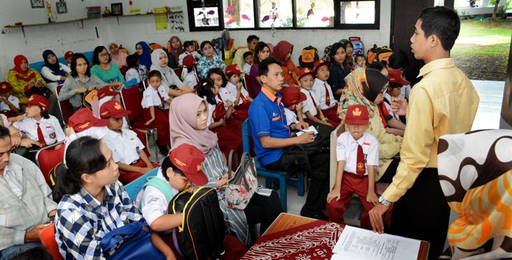 Hari Pertama Sekolah, Labschool UNNES Kenalkan Lingkungan