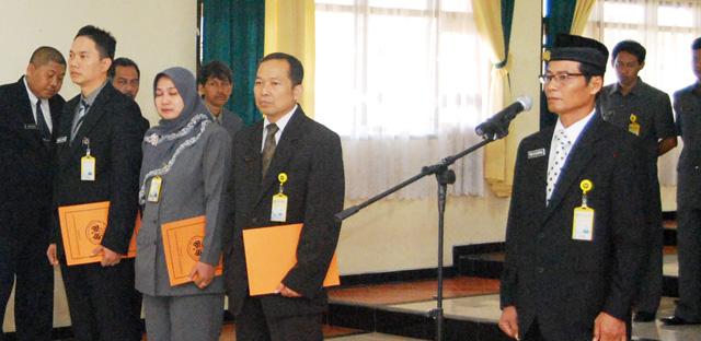 Prapto Nugroho PD II FIK, Azam Direktur Layanan Kesehatan