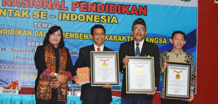 Laksanakan Seminar Serentak di 13 Provinsi, Unnes Raih Rekor MURI