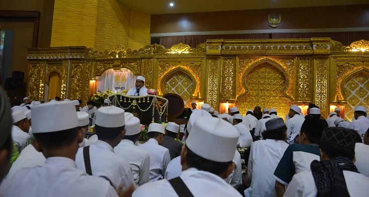 UNNES Gelar Dzikir Bersama Al-Khidmah