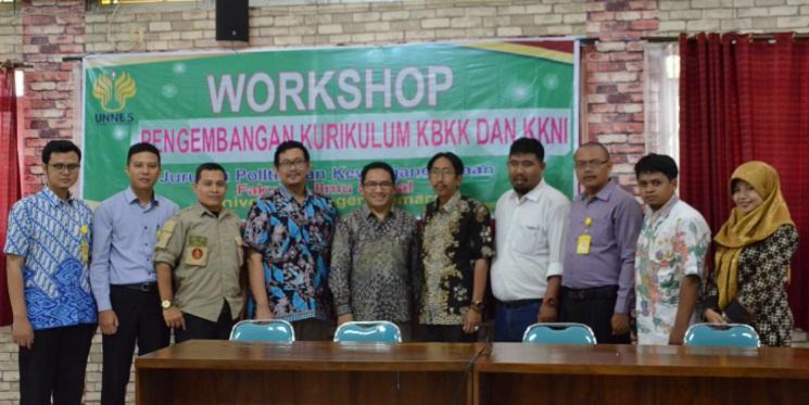 Jurusan PKn Selenggarakan Workshop Pengembangan Kurikulum KBKK dan KKNI