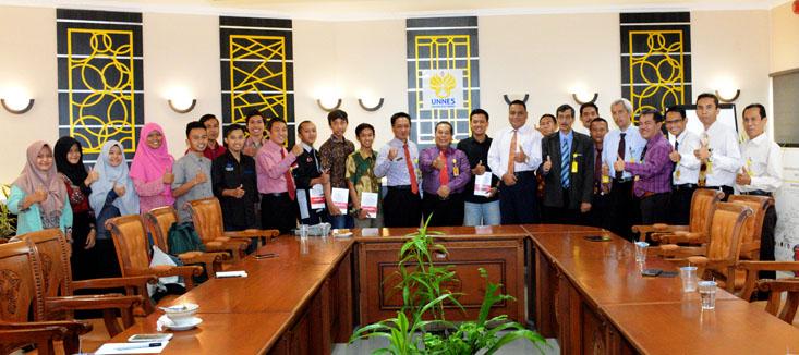 Sukseskan Pemira, BEM DPM dan Tim KPUR UNNES Silaturahmi Rektor