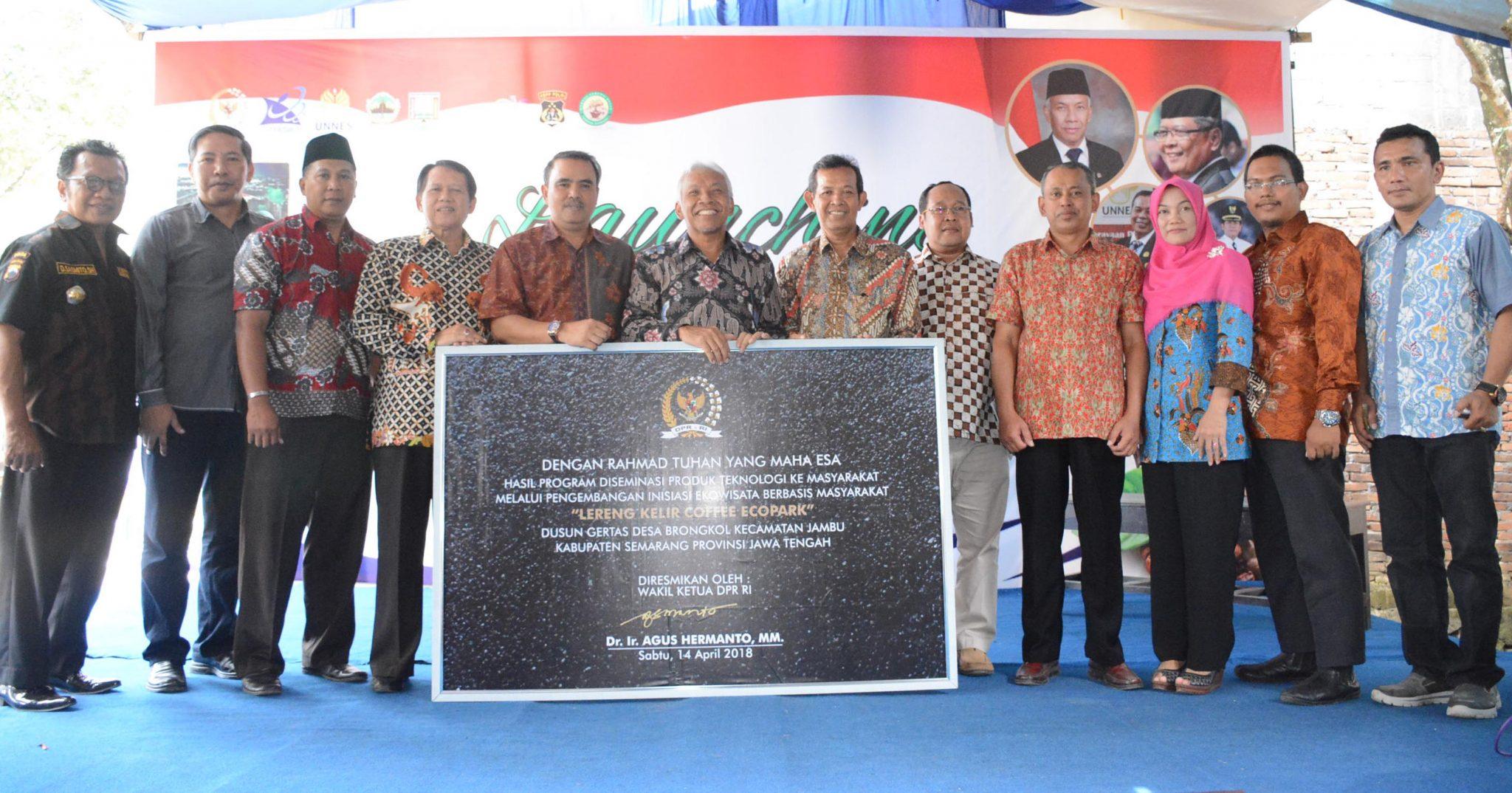 Desa Binaan UNNES, Lereng Kelir Coffee Ecopark Menjadi Destinasi Wisata di Jawa Tengah