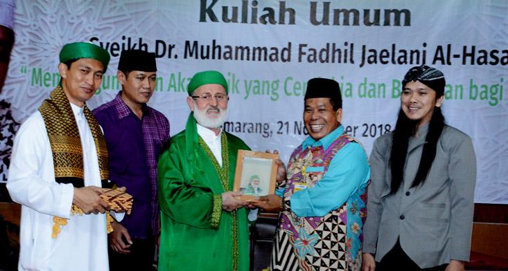Maulana Syekh Sayyid Prof Dr Muhammad Fadhil Beri Kuliah UMUM di UNNES