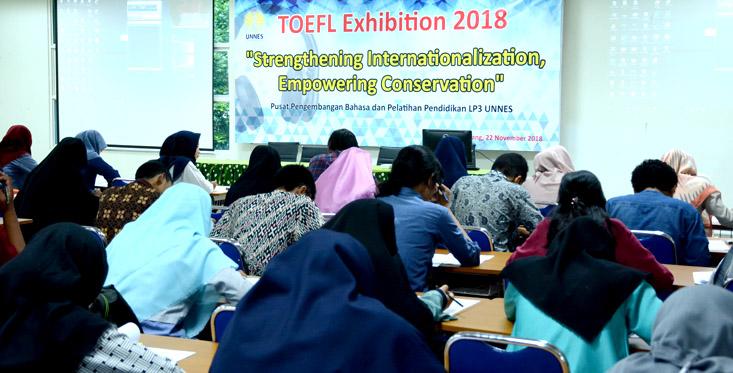 750 Mahasiswa Baru UNNES Ikuti Toefl Exhibition