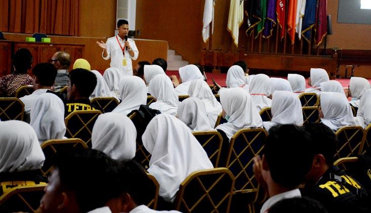 265 Siswa SMAN 4 Tangerang Kunjungi UNNES