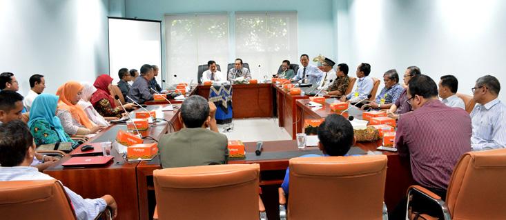 Rektor UNNES Silaturahmi ke Fakultas Ekonomi