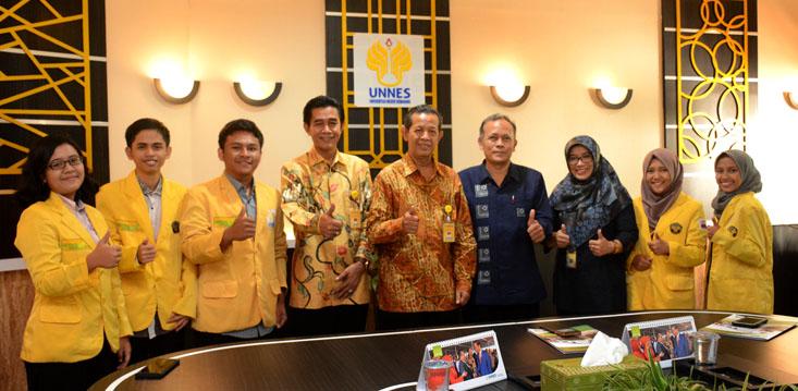 Lima Mahasiswa UNNES Ikuti KKN Kebangsaan di Lampung