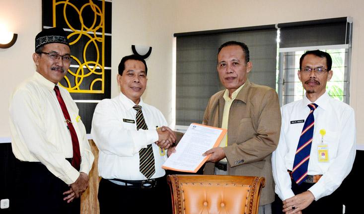 Dr Achmad Rifai Koordinator Program Studi Manajemen Pendidikan S2/S3