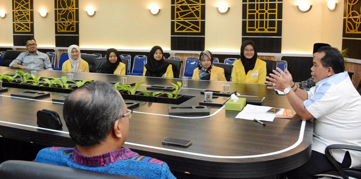 UNNES Berangkatkan Sembilan Mahasiswa ke Luar Negeri
