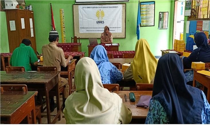 Dosen IKM UNNES Dampingi Peningkatan Pengetahuan Guru di Daerah Rawan Bencana