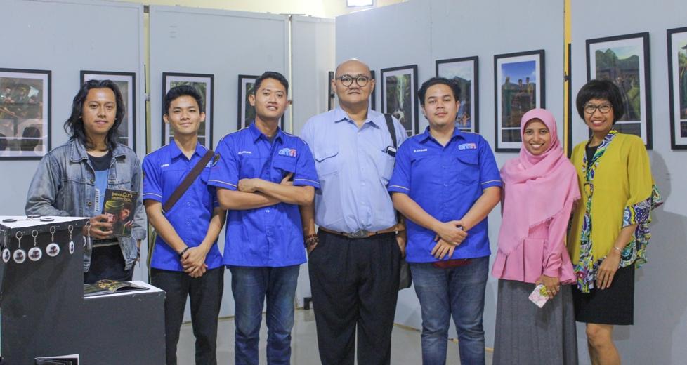 Mahasiswa UiTM Malaysia Studi Banding ke Seni Rupa UNNES