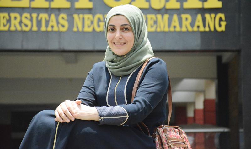 Tulis Kamus Arab-Turki, Gadis Turki Jadi Salah Satu Wisudawan Terbaik Unnes