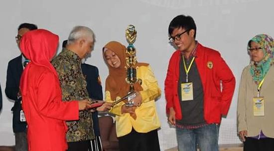 Presentasikan Dedak, Mahasiswa UNNES Juara III Nasional Lomba Karya Ilmiah