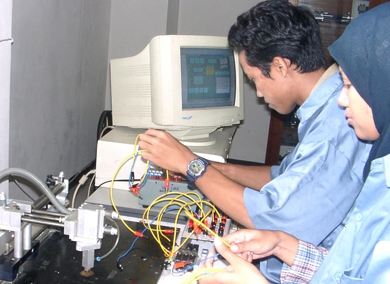 Pendidikan Teknik Informatika dan Komputer (S1)