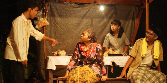 Unnes Akan Gelar Festival Drama Berbahasa Jawa