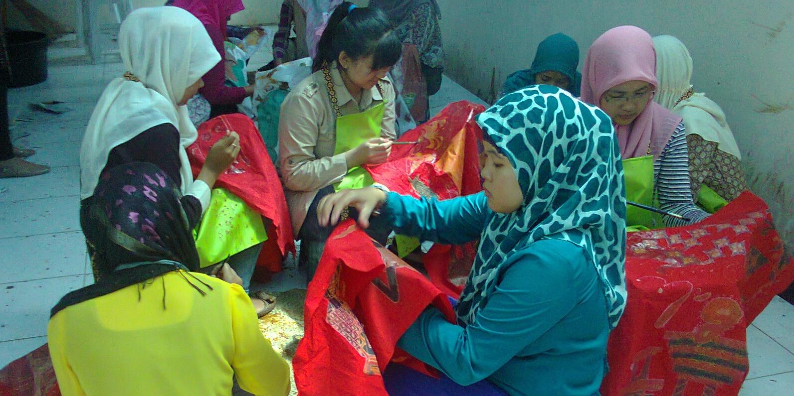 Fakultas Teknik Gelar Pameran Tekstil