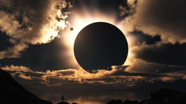 Unnes Gelar Shalat Gerhana Matahari