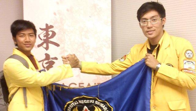 Teliti Kedelai, Dua Mahasiswa FE Ikuti Konferensi Internasional di Hongkong