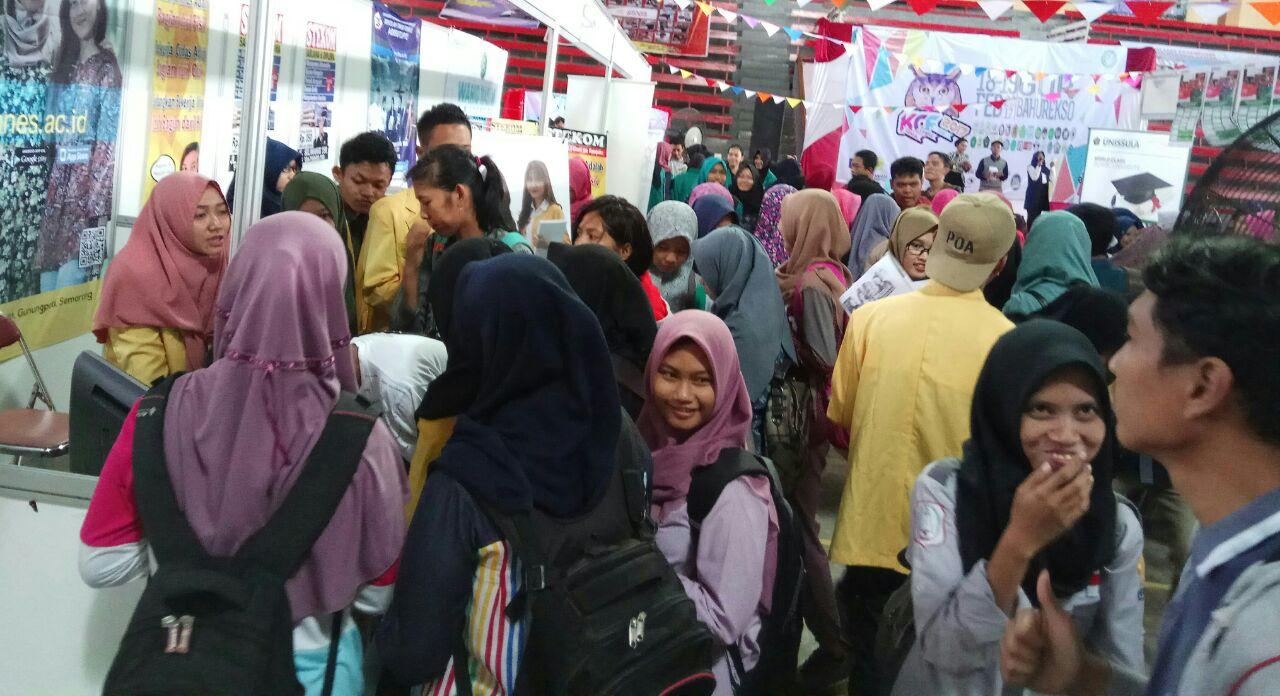 UNNES Hadir di Kendal Campus Fair (KCF) 2017
