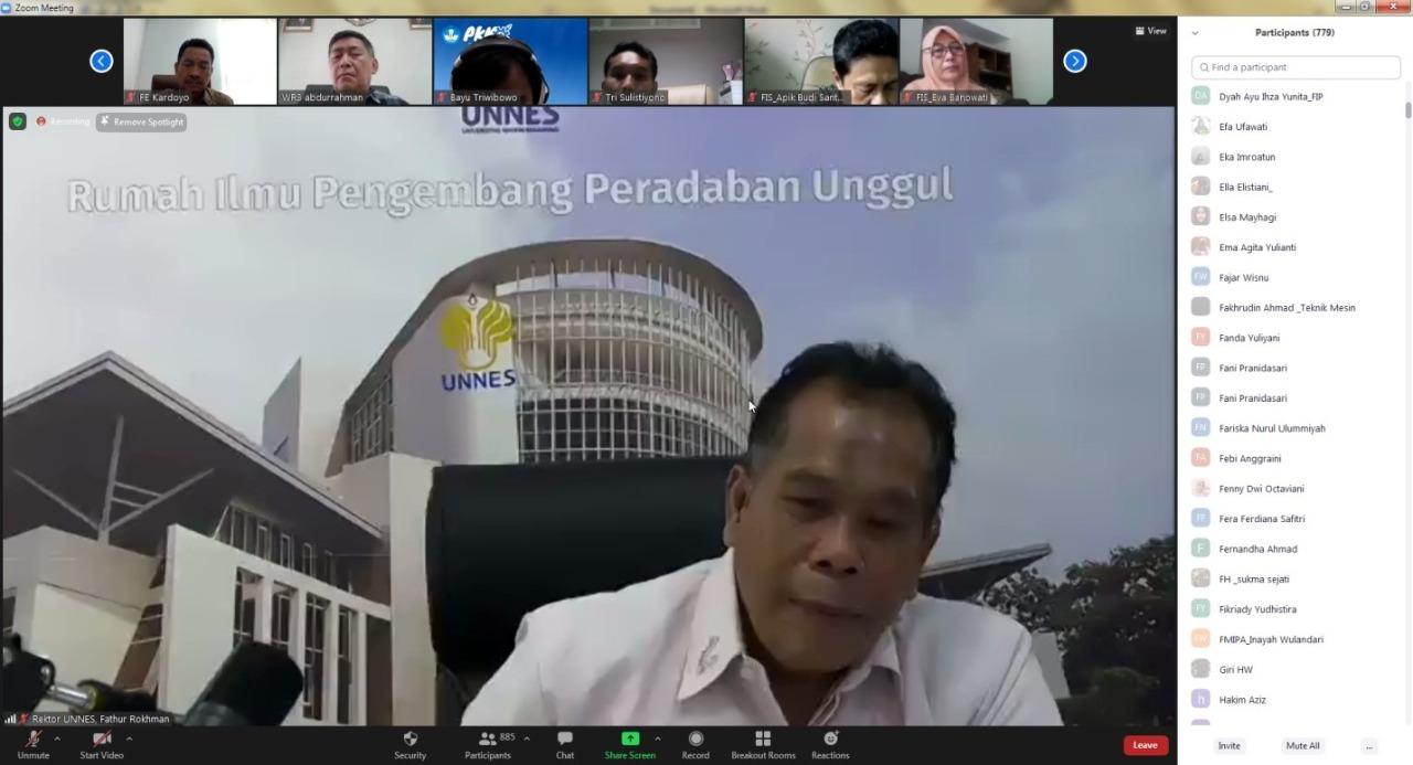 UNNES Gelar Dialog Terbuka Antara Pimpinan dengan Mahasiswa
