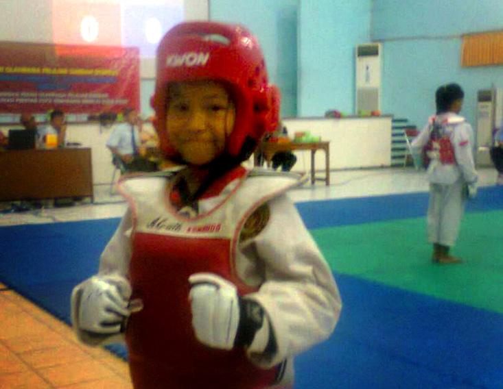 Sabrina Lintang Khayrani SD Labschool UNNES Juara II Popda