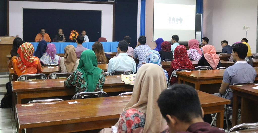 15 Orang Lolos Student Staff 2015