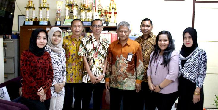 Badan Ekonomi Kreatif Jakarta Kunjungi UPT Kearsipan UNNES