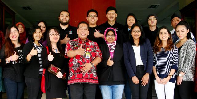 12 Mahasiswa Asing Belajar Konservasi dan Budaya di Unnes
