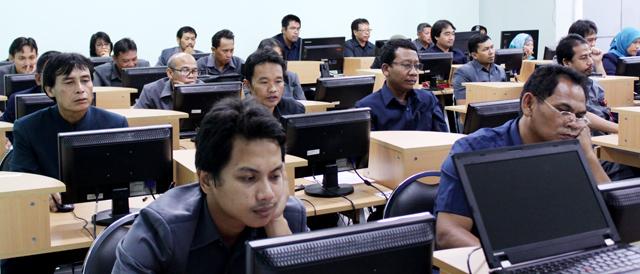 65 Pegawai Ikuti Tes Online Calon Pejabat Struktural