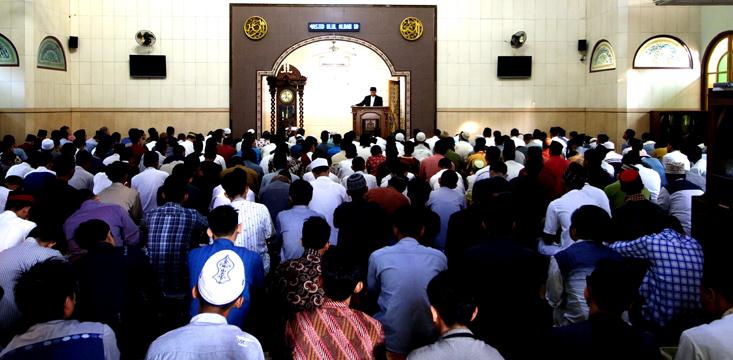 Rektor UNNES Shalat Idul Adha di Masjid Ulul Albab UNNES