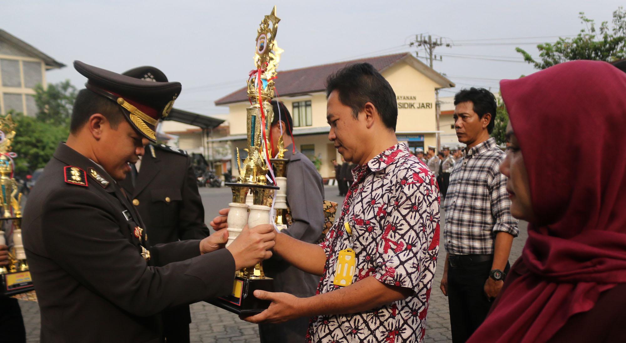 FKPMM Unnes Juara 2 Lomba FKPM se-Semarang